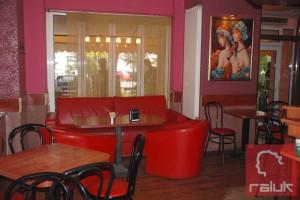 Cafe-Pink1