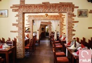 casa-jienilor-fainari-restaurant4