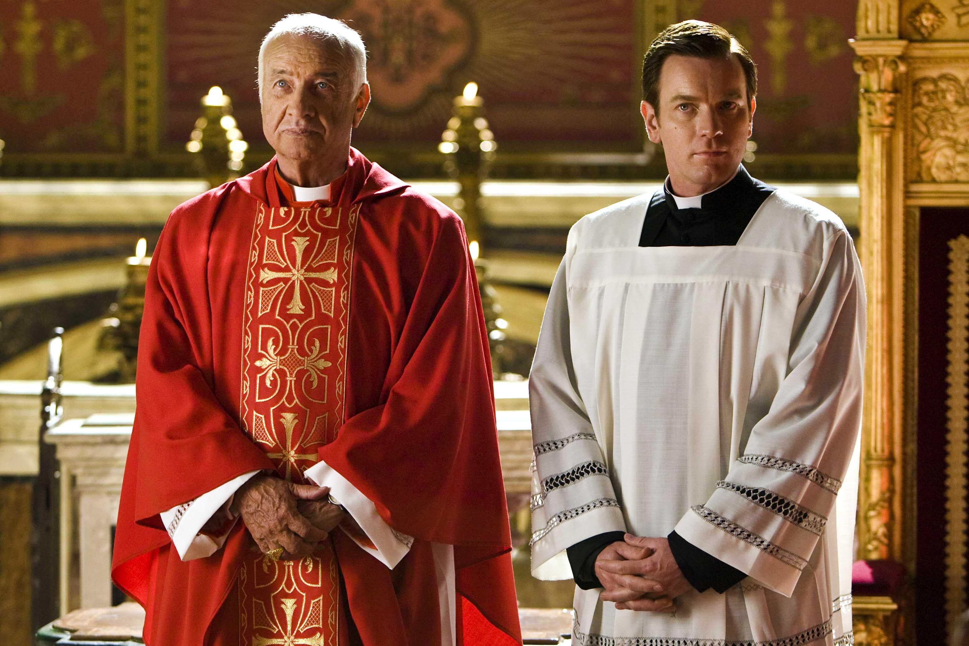 angels & demons tom hanks ayelet zurer dan brown ewan mcgregor ron howard stellan skarsgard armin mueller-stahl thriller mistery 2009 film