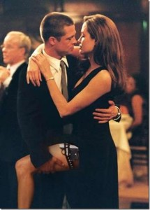 Brad Pitt and Angelina Jolie in Mr and Mrs Smith picture[3]