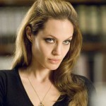 Angelina Jolie – o viata ca in filme