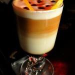 Kafeterya – o cafenea la Portile Orientului, la portile Cismigiului…