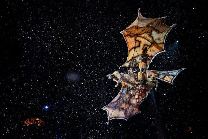 cirque-du-soleil-worlds-away4