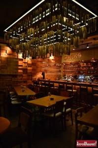 corks-cozy-bar5