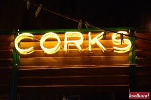 corks-cozy-bar8