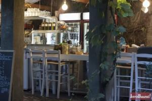 restaurant-amada1